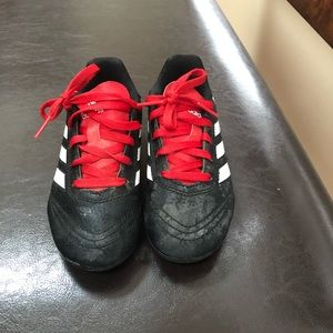 Soccer cleats size 12